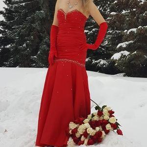 Jump apparel  long dress/gown